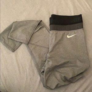 Nike Pro leggings size M